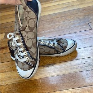 COACH SNEAKERS size 71/2